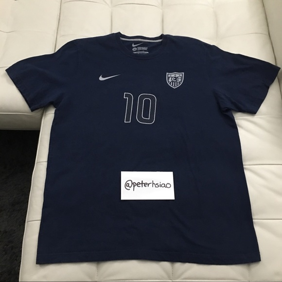 c6c218633 Nike Team USA Landon Donovan Soccer Jersey Tee. M 5adb29f0caab44bab22ad272